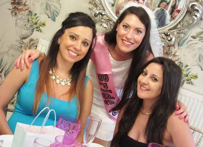Smiling Hen Party Tea Party Ladies